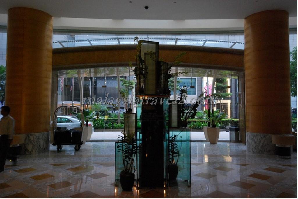 الاستقبال في فندق ويستن كوالالمبور2