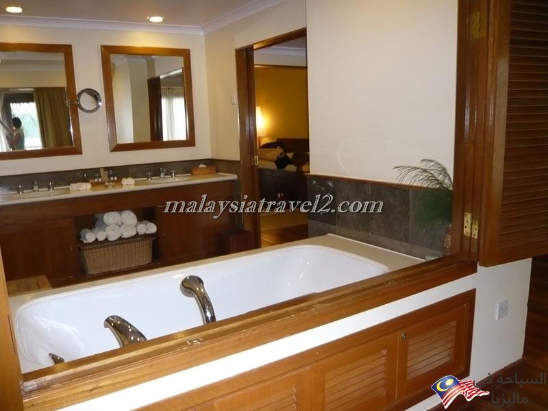الحمام في الفندق
