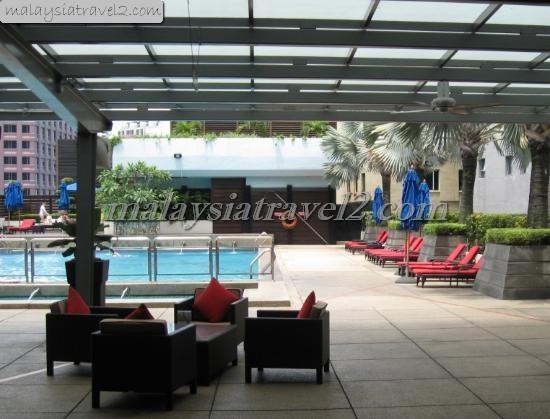 مسبح فندق بارك رويال كوالالمبور