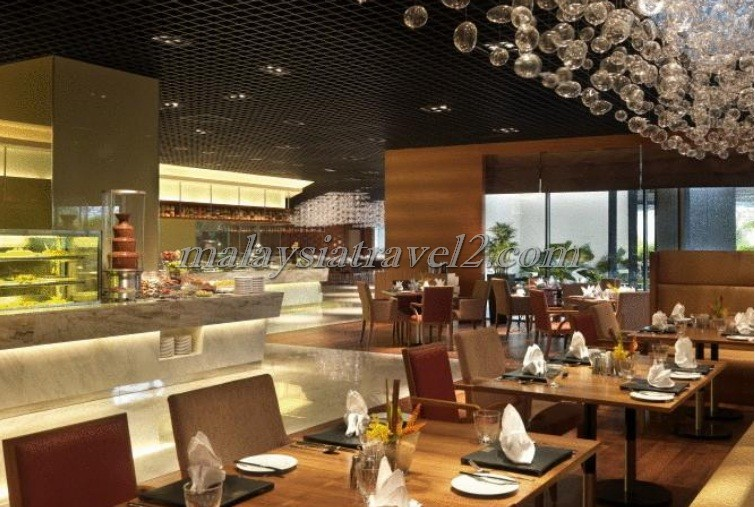 مطعم فندق ون وورلد في سيلانجور2