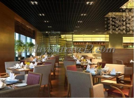 مطعم فندق ون وورلد في سيلانجور3