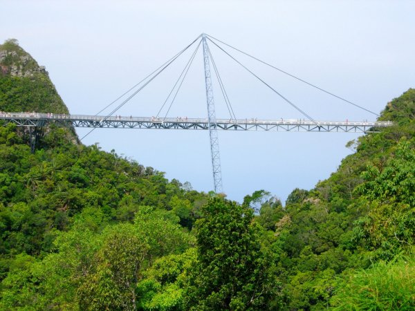 نتيجة بحث الصور عن جسر لنكاوي المعلق
