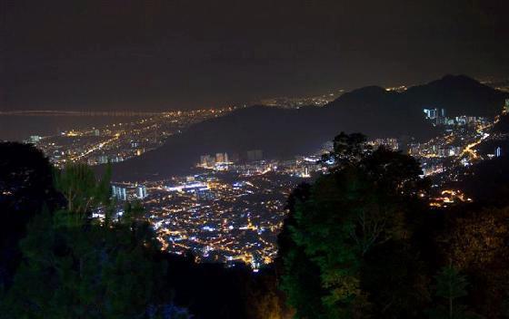 صوره من المساء في هضبة بينانج