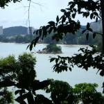 صخرة باتو فرينجي في حديقة التوابل في جزيرة بينانج