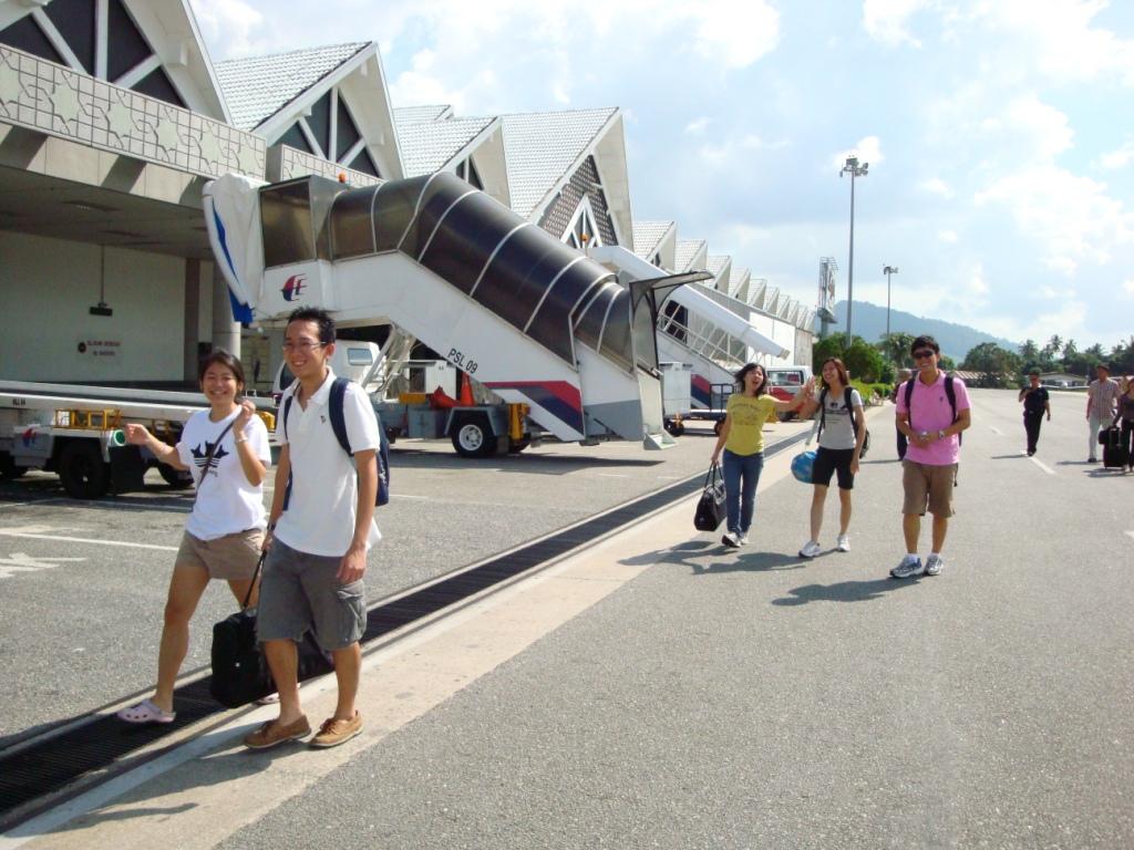 Langkawi International Airport صور وتقرير مطار لنكاوي