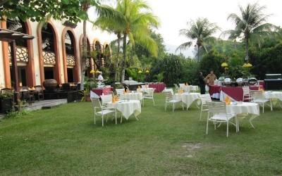 فندق بارك رويال فى بينانج 1430-08-12_001_1430-08-12_094-400x250.jpg