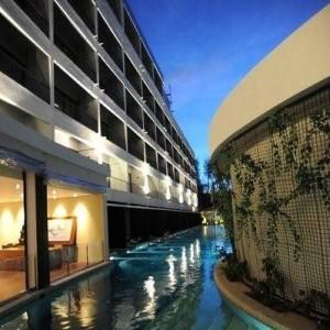 فندق هارد بينانج