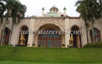 فندق الخيول الذهبية فى سيلانجور The Palace Of The Golden Hors30