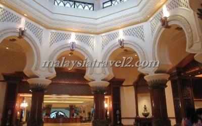 فندق الخيول الذهبية فى سيلانجور The Palace Of The Golden Hors3