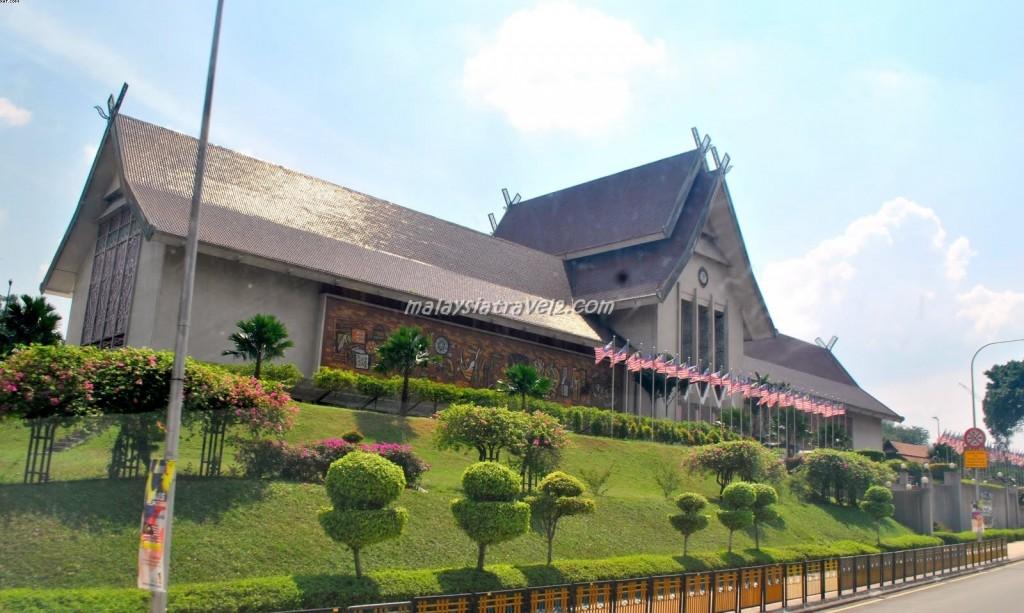 National Museum صور و تقرير المتحف الوطني في كوالالمبور ماليزيا