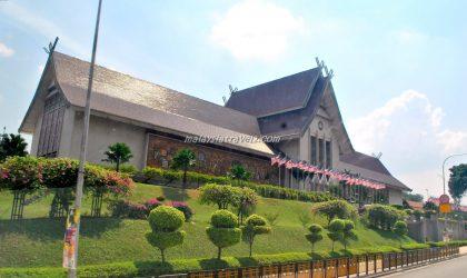 National Museum المتحف الوطني في كوالالمبور متحف نياقرا
