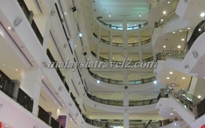مجمع التايمز سكوير التجاري Berjaya Times Square KL30