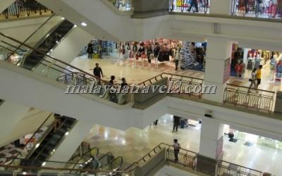 مجمع التايمز سكوير التجاري Berjaya Times Square KL37