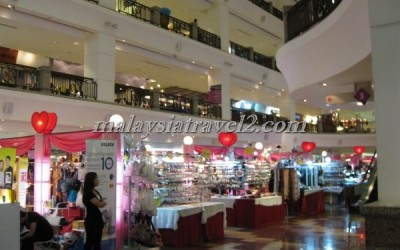 مجمع التايمز سكوير التجاري Berjaya Times Square KL55