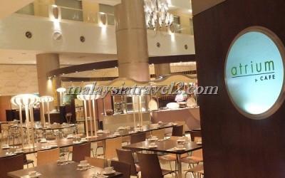المطعم في فندق صنواي بيراميد تاور في ماليزيا