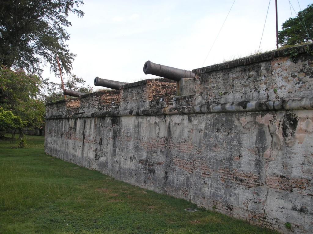 Inside-Fort-Cornwallis