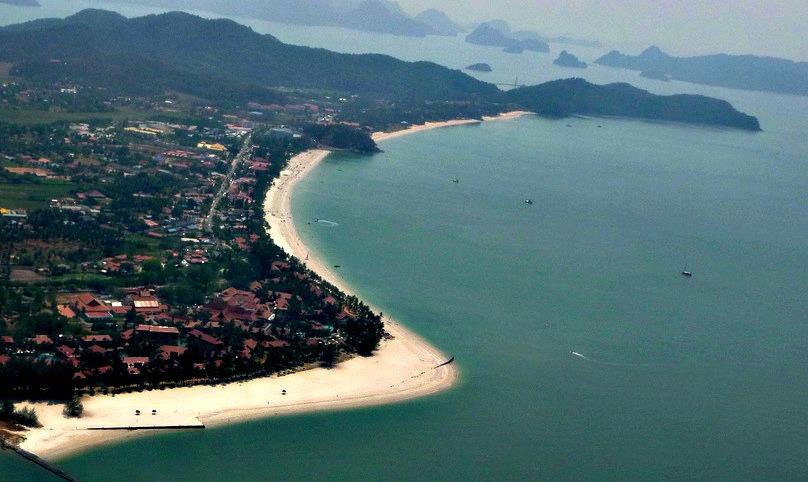 شاطئ سينانج لنكاوي 1