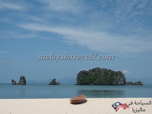 Tanjung-Rhu-Beach5