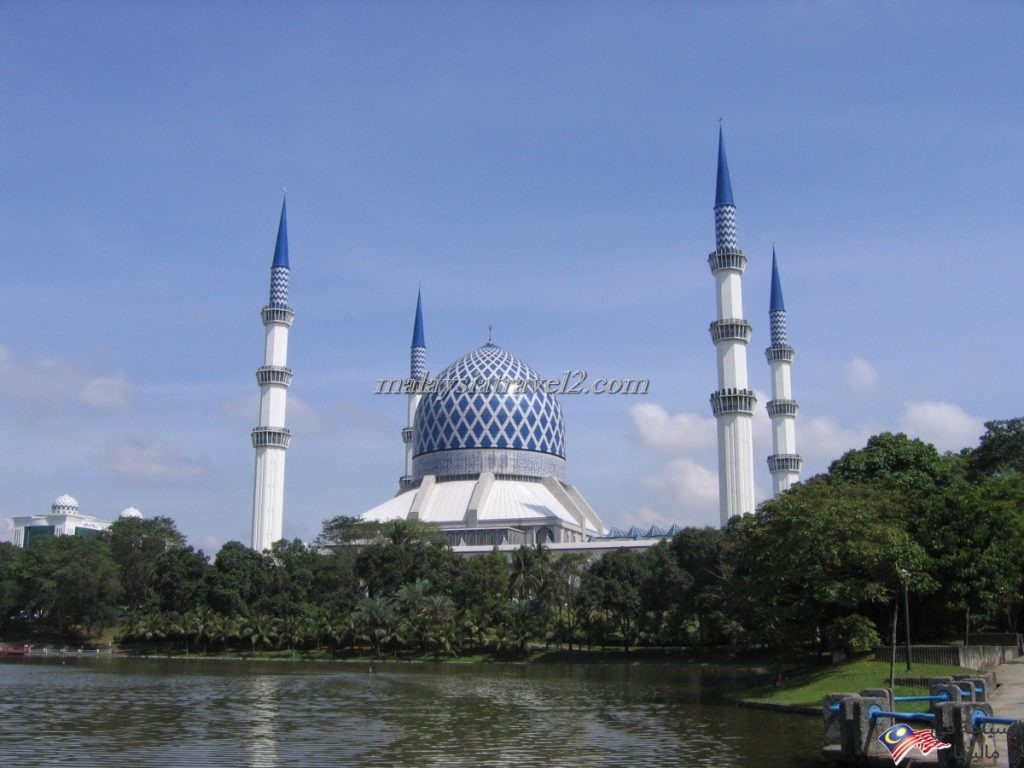 blue mosque malaysial16