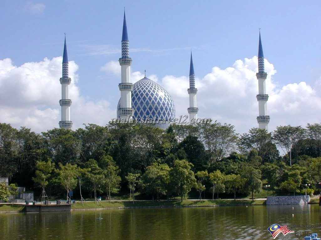 blue mosque malaysial18
