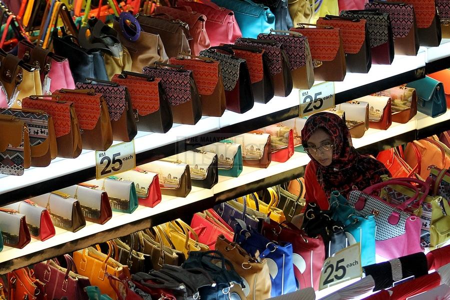 shopping ia malaysia