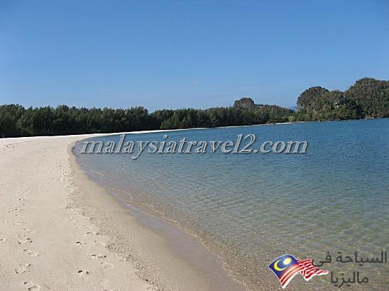 tanjung-rhu-beach