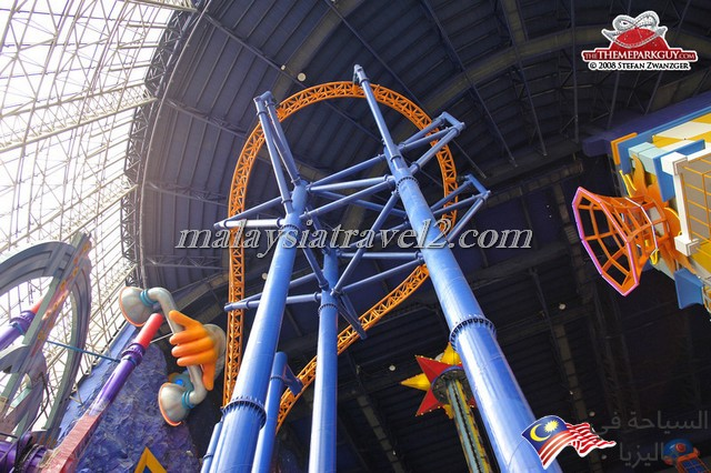 the-coaster-looks-monumental-in-that-mall-big
